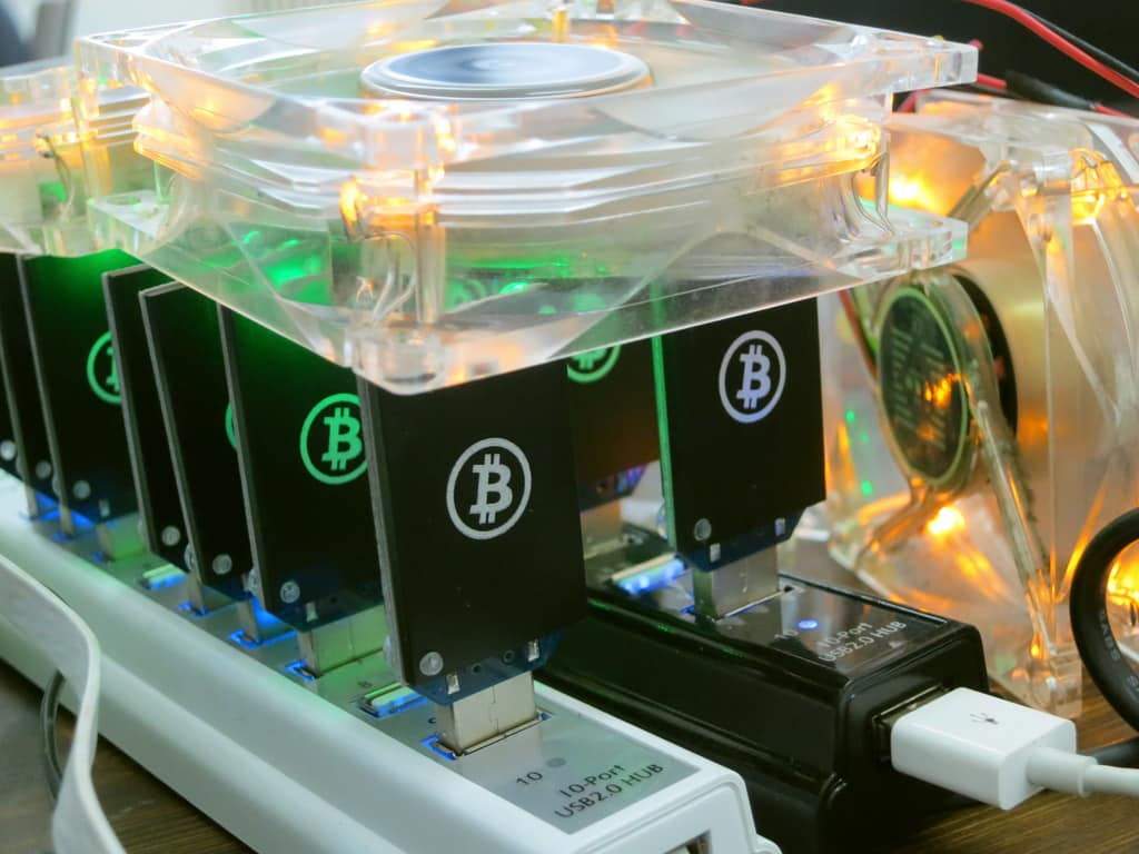 Vietnam Bans Imports of Cryptocurrency Miners in the Country
