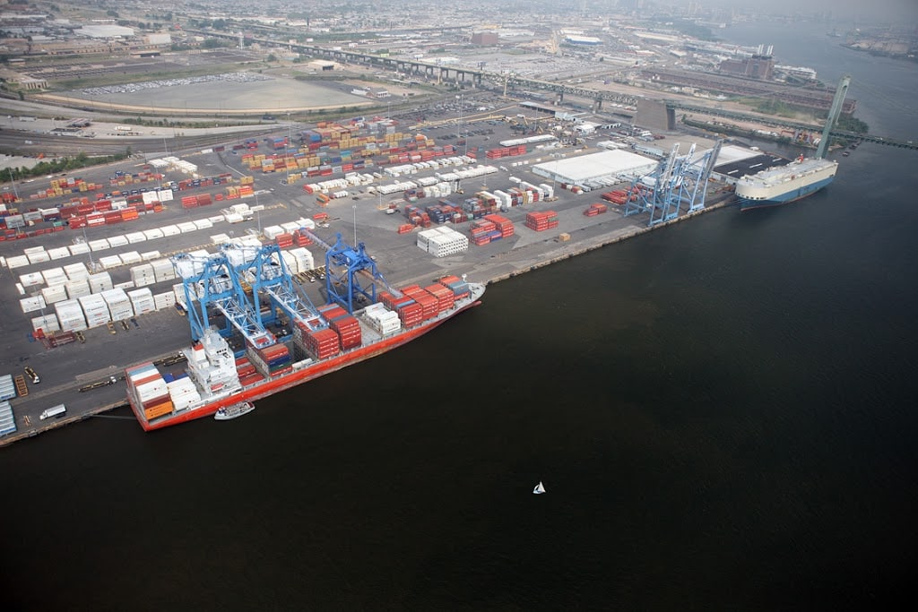 Blockchain Technology Reaches Philadelphia's Port with Holt Logistics